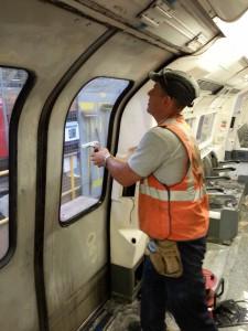 foliowanie okien w metrze