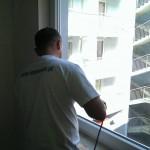 Porysowana szyba okienne